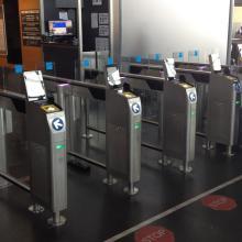IER 710 Slimgate Self-Boarding Gates at Charleroi Brussels South Airport (Belgium) Porte d'embarquement IER 710 Slimgate à l'Aéroport de Charleroi Bruxelles Sud (Belgique)